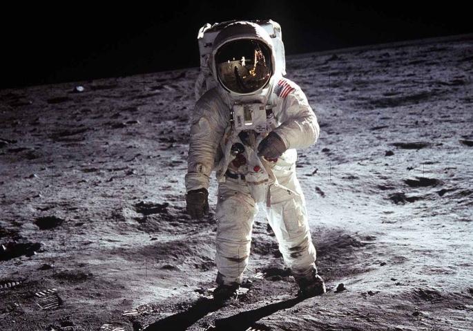 moon-landing-apollo-11-nasa-buzz-aldrin-41162-3.jpeg